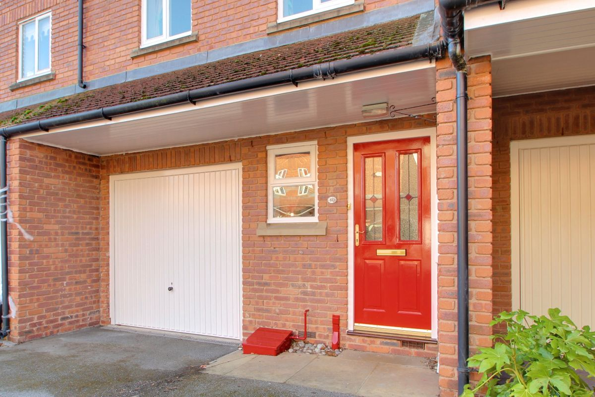 Waterside, Langthorpe, Boroughbridge, YO51 9GE